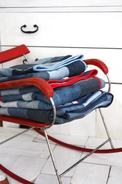 Lapptäcke / filt, rött