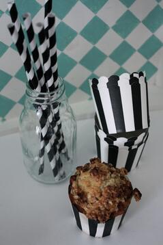 Muffinsformar, randiga svarta